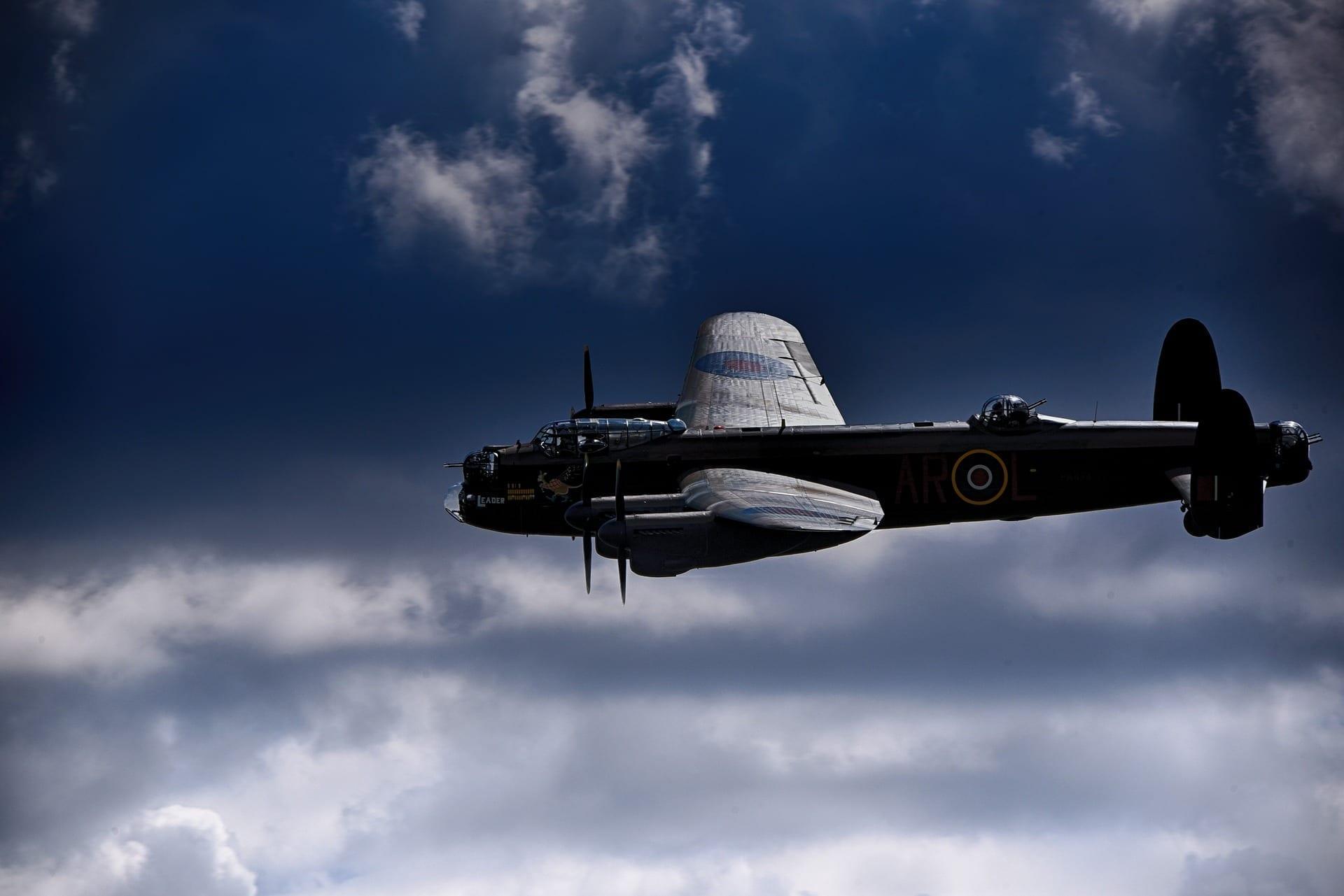 lancaster-bomber